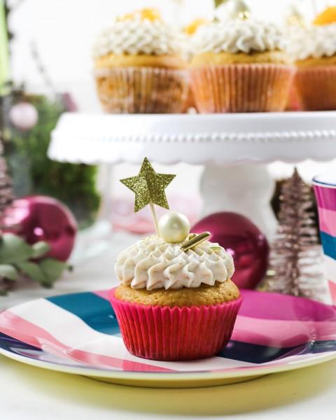 Mandarinen-Cupcakes-mit-Zimtcreme-Topping