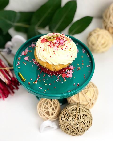 Himbeer-Cupcakes-mit-weisser-Schokolade