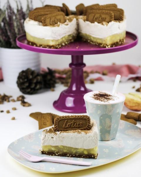 No-Bake-Apfeltorte-mit-Lotus-Biscoff-Karamellkeksen